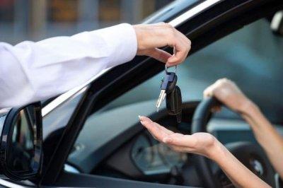 Аренда автомобиля без водителя в Санкт-Петербурге